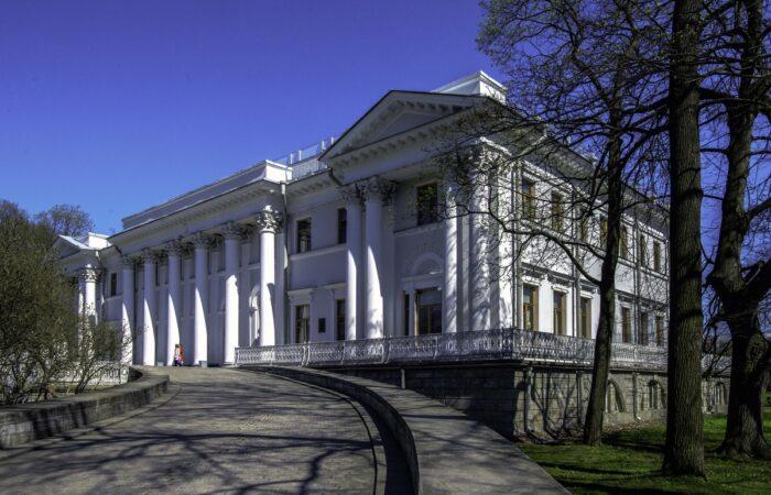 Елагин дворец общий вид здания 2