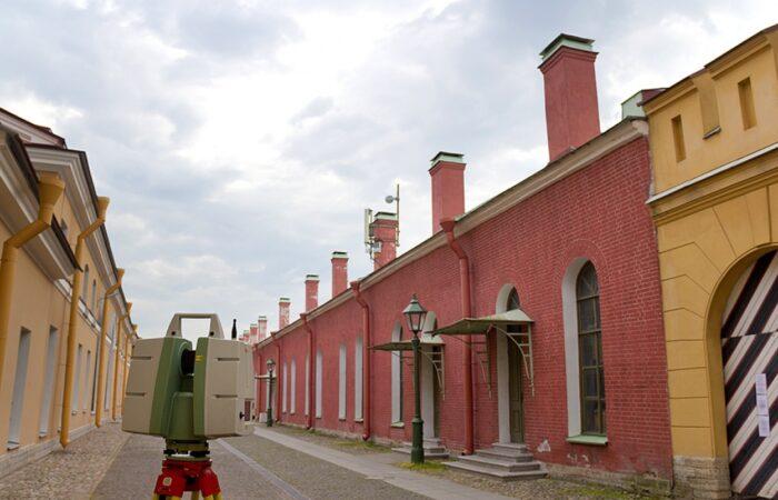 Петропавловская крепость Общий вид здания 2