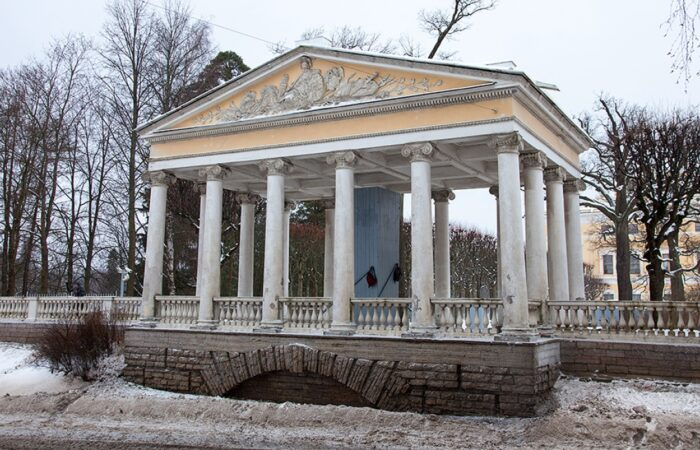 Павильон Трёх граций Общий вид здания
